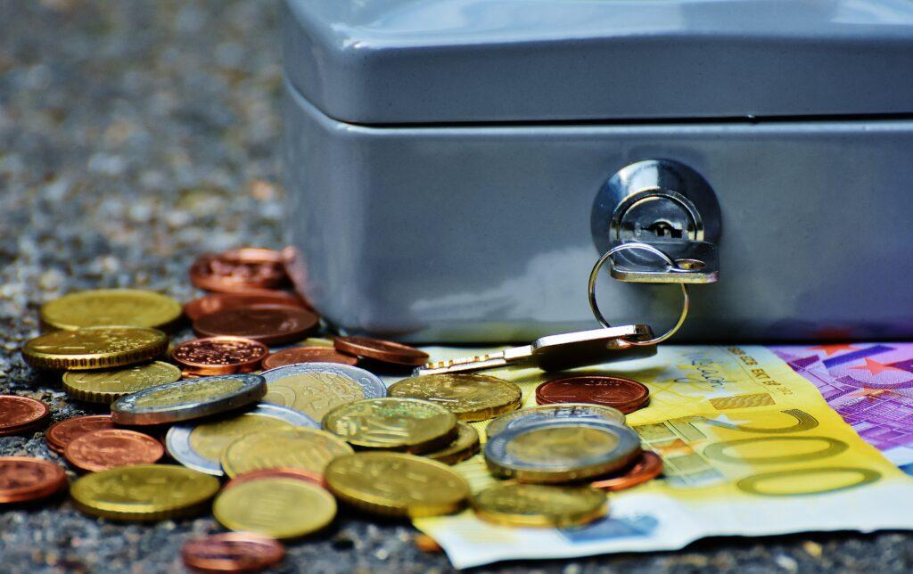 Safe oder Geldkassette
